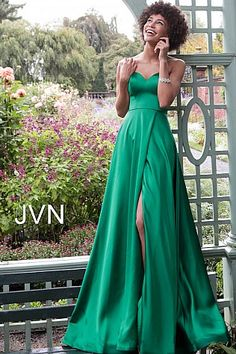Pretty Prom Dresses, A Line Prom Dresses, Prom Dresses Online, Formal Dresses, Green Evening Gowns, Evening Dresses, Satin Gown, Satin Dresses, Women's Fashion Dresses