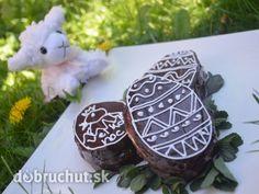 Fotorecept: Veľkonočné vajíčka Easter Recipes, Pudding, Christmas Ornaments, Holiday Decor, Desserts, Food, Tailgate Desserts, Deserts, Custard Pudding