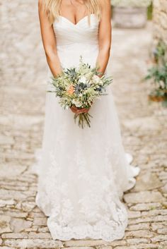 © Xavier Navarro - Mariage a Opedette dans le Luberon. Event design by Knot & Pop Luxury Wedding, Dream Wedding, Wedding Day, Wedding Bells, Wedding Gowns, Provence Wedding, Bridal Boudoir, Plan My Wedding, Bustier
