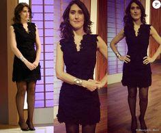 Com look total black, a argentina Paola Carosella mostra elegância com vestido Tory Burch, bracelete Flávia Baldi e scarpin Schultz