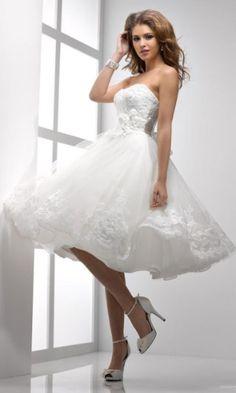 Vestidos curtos são românticos e dão ar vintage à noiva; veja 26 opções - Casamento - UOL Mulher