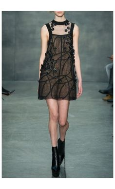 VERA WANG – FALL WINTER 2015 – PREORDER HERE: http://www.precouture.com/en/shift-dress/10536-black-geometric-lace-dress.html PRECOUTURE.COM is the first European website offering the possibility to preorder the looks straight from the runway. Order your looks now and wear them before anyone else, before it hits stores !