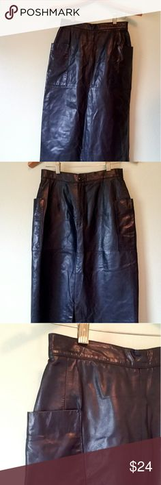 🇨🇱 Leather Skirt Black leather skirt with zip-up and button back and sexy slit at bottom. Used but  in good condition, size 6 by Vakko New York, this is a vintage leather skirt. Vakko Skirts Midi
