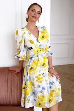 Dress Skirt, Wrap Dress, Shirt Dress, Nice Dresses, Formal Dresses, Embroidered Blouse, Dress Codes, Dress Patterns, Chic Outfits