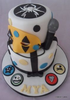 My Chemical Romance birthday Cake....published in April 2014 Kerrang Magazine..my little moment of fame! :-)  www.creationcakes.org.uk