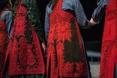 Από εκδήλωση του Πολιτιστικού Συνδέσμου Ζαγορισίων Ιωαννίνων Greece, Kimono Top, Tops, Women, Fashion, Greece Country, Moda, Fashion Styles, Fashion Illustrations