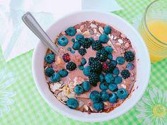 Chocolate blackberries blueberries muesli