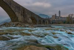 Sunset on the old bridge - A really relaxing time waiting for the sunset in the small town of Bobbio