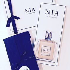 Nia Fragrance, Cover, Blankets