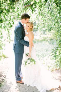 So much love: http://www.stylemepretty.com/little-black-book-blog/2014/10/24/romantic-morton-arboretum-wedding/   Photography: Jacqui Cole - http://jacquicole.com/