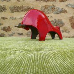 TB02 R1 Tête basse rouge