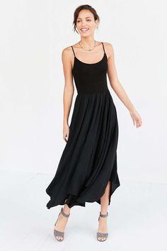 Kimchi Blue Pirouette Maxi Dress