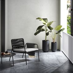 Armchair with structure in galvanized steel painted in black by spraying, seat and back in black polyester rope resistant to UV rays, gray cushion included. Decor, Room Design, Balcony Decor, Kave Home, Interior Design Inspiration, Home Decor, House Interior, Living Room Wall Color, Home Interior Design