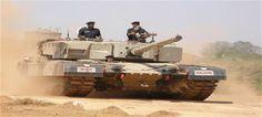 LoC पर बढ़ी हलचल- पाक ने तैनात किए खतरनाक टैंक, BSF पोस्ट पर साधा निशाना