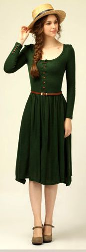 Autumn/Winter Emerald Green Dress with Brown Accents. I … Autumn/Winter Emerald Green Dress with Brown Accents. Pretty Outfits, Pretty Dresses, Cute Outfits, Dresses Dresses, Bridesmaid Dresses, Bridesmaid Color, Short Dresses, Dresses Online, Casual Outfits