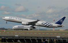 Air France Boeing 777-300 F-GZNE