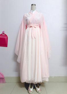 Oriental Dress, Oriental Fashion, Asian Fashion, Traditional Fashion, Traditional Dresses, Beautiful Dresses, Nice Dresses, Mode Kawaii, Dress Outfits