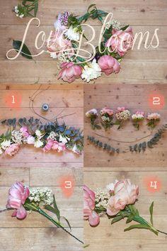 Tutoriel couronne de fleur (crown of flowers tutorial) Diy Flower Crown, Diy Flowers, Flower Decorations, Paper Flowers, Flower Crowns, Wedding Flowers, Diy Halloween, Party Like Gatsby, Diy Wedding Inspiration