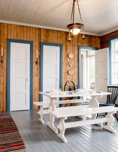 Retro Home, Old Houses, Dining Table, Cozy, Cabin, Rustic, Interior, Kitchen, Inspiration