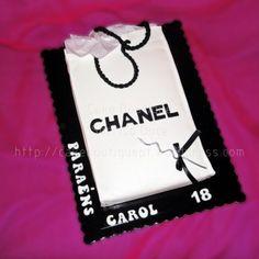 Bolo clássico Chanel Shopping Bag