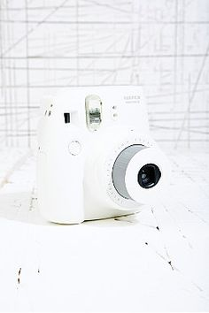 Impossible Refurbished '80s-Style Polaroid 600 Camera and Film Set - Urban Outfitters