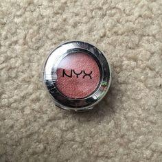 NYX Prismatic Eyeshadow in Fireball New