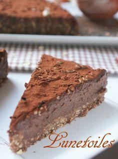tarte au chocolat sans cuisson Plus Fridge Cheesecake Recipe, Cheesecake Recipes, Tart Recipes, Raw Food Recipes, Dessert Recipes, Chocolate Desserts, Vegan Desserts, Fridge Cake, Glaze For Cake