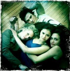 LOVE this!.Love watching the vampire diaries.Please check out my website thanks. www.photopix.co.nz