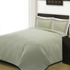 Cottonesque 100 Percent Cotton Quilt, Green