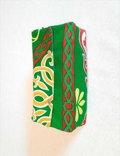 Tissu ethnique égyptien Decoration, Green Fabric, Slipcovers, Fabrics, Decor, Decorations, Decorating, Dekoration, Ornament