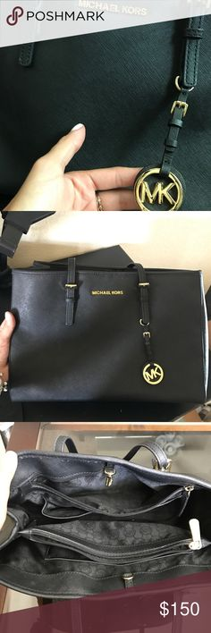 Black Michael Kors Saffiano Tote Used maybe 5 times total, great condition, black, medium sized tote Michael Kors Bags Totes