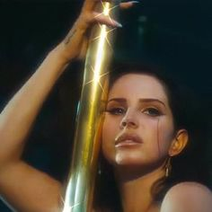 Image about beautiful in Lana Del Rey 👑🖤 by Lin ✨ Elizabeth Woolridge Grant, Elizabeth Grant, Lust For Life, Story Instagram, Usain Bolt, Michael Phelps, Irina Shayk, Miranda Kerr, Adriana Lima