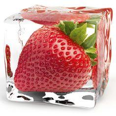 Eurographics Glasbild Deco Glass Iced Strawberry 20 x 20 cm Deco Glass, Glass Art, Strawberry Pictures, Deco Fruit, Strawberry Patch, Strawberry Art, Strawberry Shortcake, Strawberry Kitchen, Merry Berry