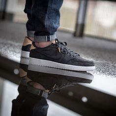 Nike Air Jordan 1 Retro Low OG Premium