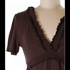 BCBG MAXAZRIA Short Sleeve top! Like new condition, no appreciable wear. BCBGMaxAzria Tops Blouses