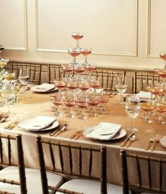 New Years Tablescape Decoration Ideas pyramid of glasses