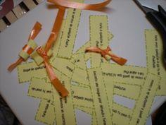 La boite à gentillesses - Le livre de Sapienta School Discipline, Teacher Boards, French Resources, Social Skills, Classroom Management, Projects To Try, Teaching, Education, Classroom Ideas
