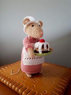 Felt Mouse, Mini Mouse, Amigurumi Tutorial, Crochet Patterns Amigurumi, Crochet Mouse, Free Crochet, House Mouse, Amigurumi Toys, Crochet For Beginners