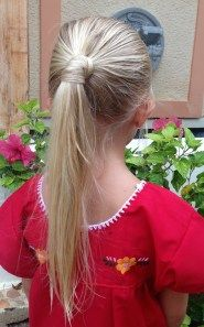 ponytail, easy summer hair style. DIY hairstyle