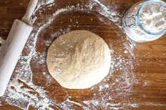 Slik får du luftige kanelboller | Coop Marked Camembert Cheese, Food And Drink, Baking, Meals, Desserts, Bread Making, Patisserie, Backen, Bread