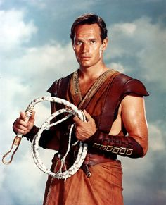 Charlton Heston as the title character in Ben-Hur The film won the Best Picture Academy Award, with Charlton Heston receiving the award for Best Actor in a Leading Role. Tyrone Power, Humphrey Bogart, Classic Movie Stars, Classic Movies, Old Hollywood Stars, Classic Hollywood, Epic Movie, Movie Tv, Old Movies