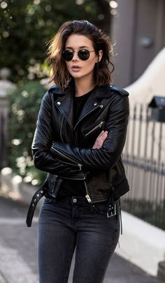 justthedesign Leather jacket black jeans rimless sunnies This IS the rocker girl style Via Sara Donaldson Jacket IRO Tshirt IRO Jeans IRO Shoes Aquazzura Pumps Sunnies Ra. Look Fashion, Autumn Fashion, Womens Fashion, Fashion Black, Fashion Edgy, Luxury Fashion, Rocker Fashion, Dress Fashion, Classic Fashion