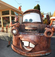 Larry the Cable Guy and Mater at Cars Land in Disney California Adventure Park. I love Tow Mater! Disney California Adventure Park, Disneyland California, Disneyland Resort, Disneyland Trip, Disney Parks Blog, Walt Disney World, Disney Pixar, Disney Characters, Funny Disney