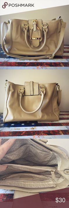 Classic nude carry all! New condition! A beautiful statement piece for any classic look! Very sleek and timeless piece! Charming Charlie Bags Shoulder Bags