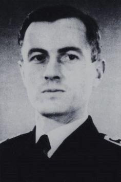 "Oberleutnant zur See d.R. Heinz Guhrke (1911-1944), Kommandant Torpedoboote ""TA 20"", Ritterkreuz 05.11.1944"