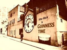 Guinness Beer Photograph - Guinness Time by Zinvolle Art Irish Christmas, Beer Art, Pubs And Restaurants, Time Photo, Great Shots, Art Pages, Guinness, The World's Greatest, Artist At Work
