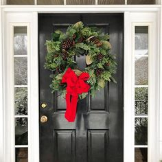 Front Door Wreath with Pinecones and Red Bow - Holiday Decorations Winter Christmas, Christmas Holidays, Christmas Wreaths, Christmas Decorations, Wreaths For Front Door, Door Wreaths, Holiday Centerpieces, Cottage Homes, Christmas Traditions