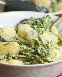 Cheesy Broccoli Gnocchi