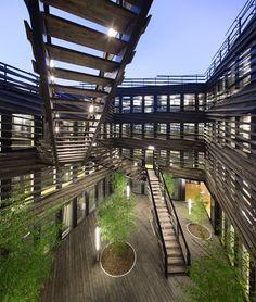 Innovative Office Building - La Licorne, Laval, 2016 - PERIPHERIQUES