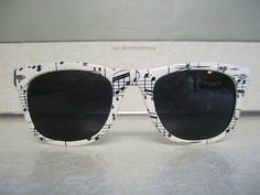 wayfarer-style sunnies for the musician in you